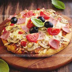 Pizza Z Szynka Pomidorami I Grzybami(1)