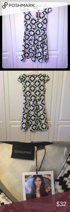 Selling this NWT MINKPINK Abstract Graphic Skater skirt Dress XS on Poshmark! My username is: emcg25. #shopmycloset #poshmark #fashion #shopping #style #forsale #MINKPINK #Dresses #skaterSkirt #blackandwhite #revolveclothing