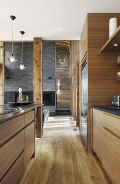 Kitchen The Lac Massawippi Residence By Huma Design et Architecture