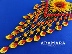 Mexicana Huichol cuentas amarillo flor collar CFG-0075 por Aramara Huichol Art, Mexican Jewelry, Mexican Art, Beading Projects, Fantasy Jewelry, Flower Necklace, Bead Art, Yellow Flowers, Pattern Design