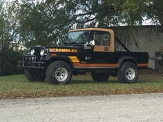 1983 Jeep Scrambler offered for auction - Classic 1983 Jeep Scrambler offered for auction Lakeland , Florida. Very rare one of 5405 Scramblers. Documented with original window sticker and Jeep Scrambler For Sale, Jeepster Commando, Old Jeep, Toyota 4x4, Lift Kits, Jeep Truck, Manual Transmission, Jeep Life, Cool Trucks