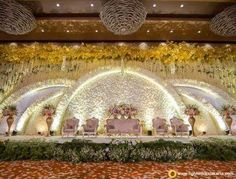 Wedding Reception Entertainment Ideas Pearl Flower For 2019 Reception Stage Decor, Cheap Wedding Decorations, Wedding Reception Backdrop, Wedding Mandap, Wedding Centerpieces, Wedding Receptions, Wedding Dresses, Backdrop Decorations, Desi Wedding