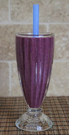 A Healthy Healing Fruit Smoothie Recipe...lots of good things in here! I do need to try chia seeds very soon...