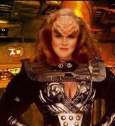 ☜(◕¨◕)☞ star trek klingon women Klingon Empire, Star Trek Klingon, Star Trek Starships, Star Trek Enterprise, Star Trek Voyager, Wallpaper Star Trek, Akira, Star Terk, Star Trek Continues