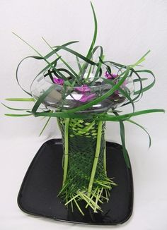 DIY Workbook. Unraveling fast floral art design.