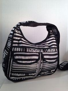 Hobo Messenger Travel Cross Body Hippie Black   White Shoulder Handbag  Ecuador  Handmade  Boho 32f26283175eb