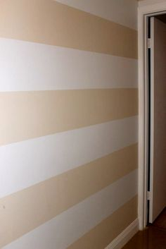 How to paint horizontal stripes tutorial
