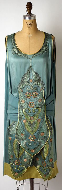 French Evening dress 1920s.