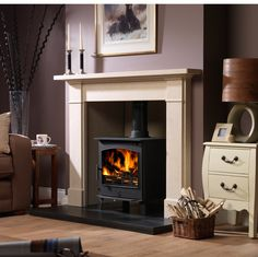 The Victorian-classic Palmerston is well suited to many types of fires and cast inserts, it is adaptable to re-sizing and can go in any room of the house.