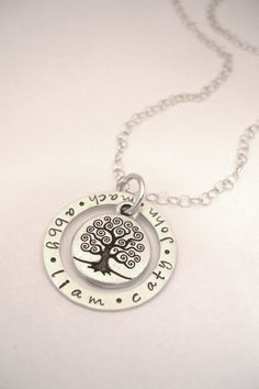 Love the idea of these - necklaces with kids names