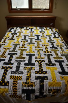 Twin Sized Iowa Hawkeye Quilt (Other sizes avaliable!)
