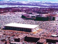 Met Sports Center home of the then Minnesota North Stars and Metropolitan Sports Center home of the Minnesota Twins. Bloomington, Minnesota Had some great times at both of them. Just memories now!!!