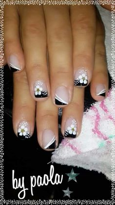 69 trendy Ideas for french pedicure ideas toes flower nails Fancy Nails, Trendy Nails, Diy Nails, Cute Nails, Fingernail Designs, Toe Nail Designs, Flower Nail Art, Art Flowers, French Nail Art