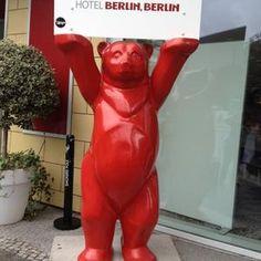 Buddy Bear is everywhere in Berlin! Hotel Berlin, Berlin Berlin, Berlin Germany, Das Hotel, Heavenly, Poland, Seo, Bears, Hawaii