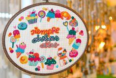 love embroidery! shop online on www.rollitoasi.com, handmade by Rollitoasi #handmade #embroidery #bordado #alwayssweetdays #sweetdays #madeinbarcelona #craft #craftlover #handmadelover #colours #dulcesdías #welcomepack #packdebienvenida #creativity #art #designinbarcelona #dreams #icecream #cupcake