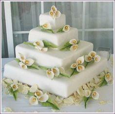 Calla Lily wedding ideas #weddingcake #wedding
