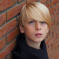 Boys Haircuts Long Hair, Boy Hairstyles, Blonde Photography, Portrait Photography, Boy Models, Child Models, Cute Teenage Boys, Cute Boys, Long Hair Cuts