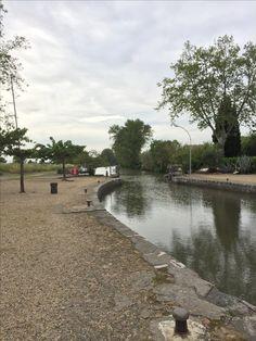 2016-Mai, le long du Canal du Midi, l'écluse de Portiragne. Photo de Colette Hofmans