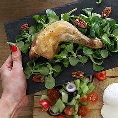 Křupavé kuře se dá servírovat zdravě. Tacos, Dairy, Mexican, Cheese, Ethnic Recipes, Food, Meals, Yemek, Eten