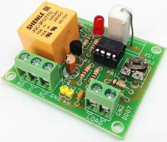 Over Current Protection Switch - Electronics-Lab Electronics Components, Diy Electronics, Electronics Projects, Pid Controller, Real Time Clock, Electronic News, Circuit Diagram, Science Projects, Diy Projects