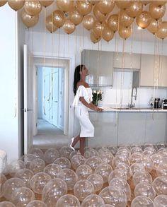 20 Birthday Ideas For Your Birthday Ideen zum Geburtstag Birthday Goals, 23rd Birthday, Golden Birthday, 25th Birthday Ideas For Her, 20th Birthday Parties, Birthday Surprise Ideas, 20th Birthday Presents, 16th Birthday Ideas For Girls, 30th Birthday Outfit