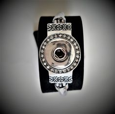 """Snap, Bracelet, Clear Rhinestones, Single Snap,  20mm Snap, Noosa, Ginger Snap, Wrist size  6""""to 9"""" Wrist (15.24cm to 22.9cm)"""