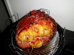 Nuwave Holiday Ham with a pineapple/cherry glaze. The cooking possibilities with the NuWave Oven are virtually endless; you can even cook a 14 lb. ham in the NuWave! Oven Ham Recipes, Turbo Broiler Recipes, Cooker Recipes, How To Cook Ham, How To Cook Pasta, Nu Wave Recipes, Nu Wave Oven, Halogen Oven Recipes, Convection Oven Cooking