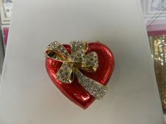 Adorable heart shaped jewelry box at Piercing Pagoda Valentines Day History, Heart Shapes, Piercing, Heart Ring, Jewelry Box, Brooch, Decor Ideas, Rings, Jewelry Box Store