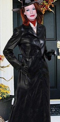 Leder Fashion Leder Outfits, Beauty Women, Breast, Black Leather, Photoshop, Women's Fashion, Woman, Style, Leather