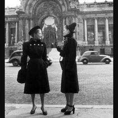 Paris, #1940s #1940sstyle #1940sfashion by bygones_beauty http://ift.tt/22a6ds0
