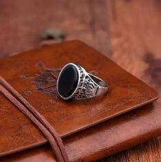 γοτθικά δαχτυλίδια για ανδρες και γυναίκες Gemstone Rings, Gemstones, Jewelry, Jewlery, Gems, Jewerly, Schmuck, Jewels, Jewelery