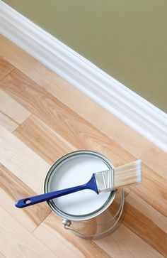 Home Remodeling Hacks How to Paint Baseboards: Are your dingy, scuffed, or chipped baseboards getting you down? Perk them right up with a fresh coat of paint. Painting Baseboards, Painting Trim, House Painting, Painting Walls, Painting Cabinets, Home Improvement Projects, Home Projects, Furniture Projects, Diy Furniture