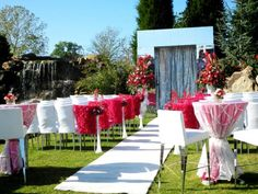 outdoor wedding /// #pink #roses #outdoor #wedding #white #ad