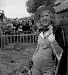 Cirque Fanni 14 octobre 1951 |¤ Robert Doisneau | 10 novembre 2015 | Atelier Robert Doisneau | Site officiel