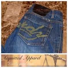 "Ed Hardy Straight Leg Jeans 33.5"" inseam Ed Hardy Straight Leg Jeans Size 26 Excellent Condition Approximate 33.5"" inseam and 7.5"" rise Item Location Bin  T3 Ed Hardy Jeans Straight Leg"