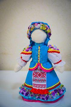 Кукла в казачьем костюме