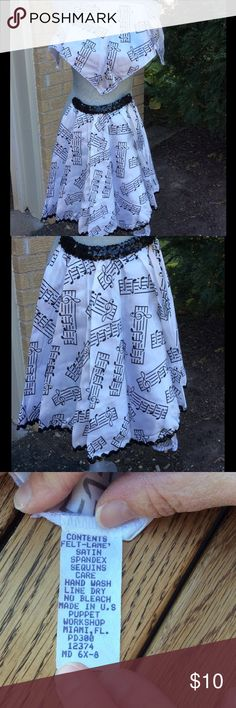 GUC 50s Girls Swing Skirt + Triangle Scarf This adorable black and white satin skirt with black sequin trim and elastic waste is so adorable! Comes with matching triangle scarf. No stains or tears. Puppets Workshop Costumes Halloween
