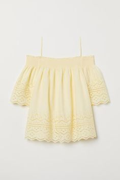 Open-shoulder blouse in woven cotton fabric with eyelet embroidery. Smocking at top, narrow shoulder straps, and wide sleeves. Outfits For Teens, Cool Outfits, Casual Outfits, Fashion Outfits, Teen Fashion, White Sleeveless Blouse, Yellow Blouse, Kawaii Sweater, Yellow Clothes
