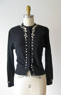 vintage 1950s sweater / 50s cardigan / Beaded Roses