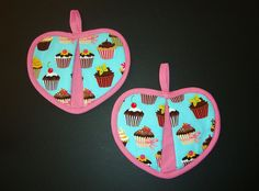 Heart Shaped Cup Cake Pot Holders Set of 2 whimsical kitchen accessory-Just reduced by flyingdollar on Etsy