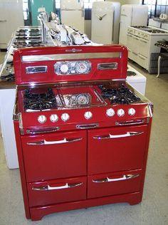 Vintage stoves on Pinterest | Antique Stove, Vintage Appliances ...