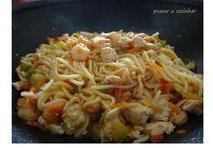 Esparguete com frango e camarão | Receitas Para Todos os Gostos
