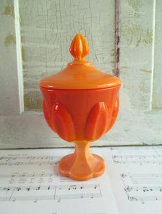 Vintage L E Smith Lidded Bittersweet Orange Slag by 5and10vintage