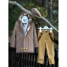 Χειμερινό κουστουμάκι βάπτισης με παλτό Mi Chiamo βαμβακερό ολοκληρωμένο σετ με παντελόνι, τιράντες, πουκάμισο, μπουφάν και καπέλο, Βαπτιστικό κουστουμάκι Χειμωνιάτικο οικονομικό, Βαπτιστικά ρούχα αγόρι Χειμερινά τιμές-προσφορά Raincoat, Jackets, Fashion, Rain Jacket, Down Jackets, Moda, Fashion Styles, Fashion Illustrations