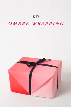 Ombre gift wrap. Customize your wrapping paper with this clever tutorial. #loveombre #beautifulgiftwrapideas