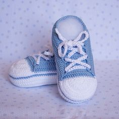 Crocheted baby shoes for 0-3 month old babies. Handmade. de AgujadelSur en Etsy