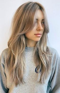 Layered Hair With Bangs, Bangs With Medium Hair, Long Hair Cuts, Medium Hair Styles, Short Hair Styles, Bangs For Long Hair, Haircut Styles For Women, Layers For Medium Hair, Layered Haircuts For Medium Hair Round Face