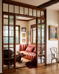 Sitting room in a Spanish style home You are in the right place about home design tips living rooms Estilo California, Interior Inspiration, Room Inspiration, Estilo Interior, My New Room, My Dream Home, Living Spaces, Living Room, Small Living