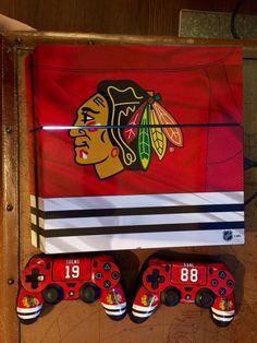 Jaclyn dan ilovemetal90 on pinterest for Chicago blackhawk bedroom ideas