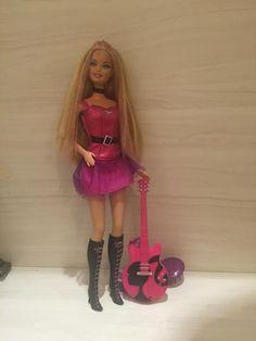 Barbie Rockeira